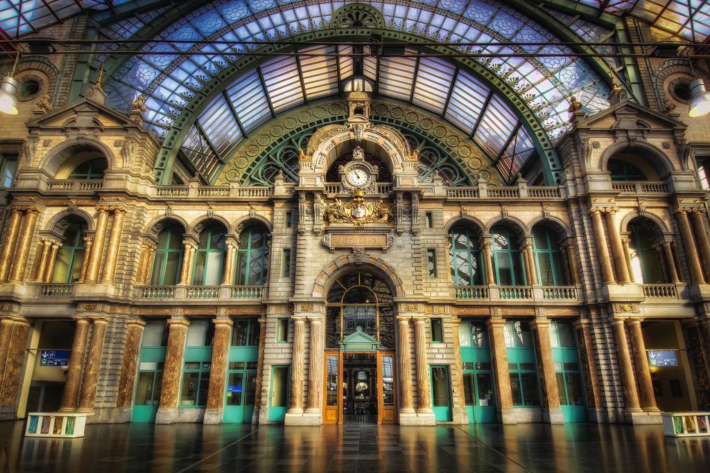 Центральный ж/д вокзал Антверпена