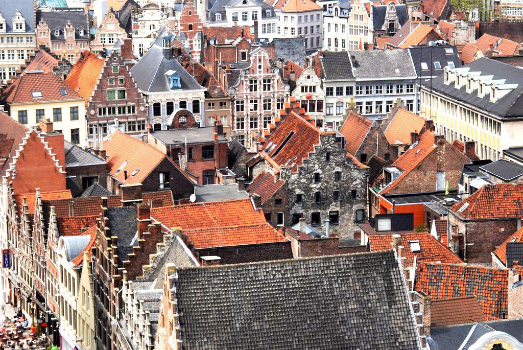 Крыши домов Гента