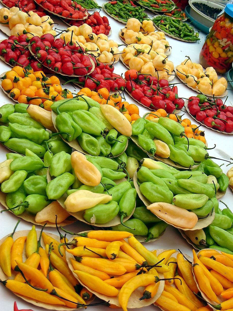 Перцы на рынке