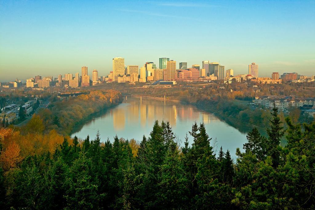 Осень в Эдмонтоне