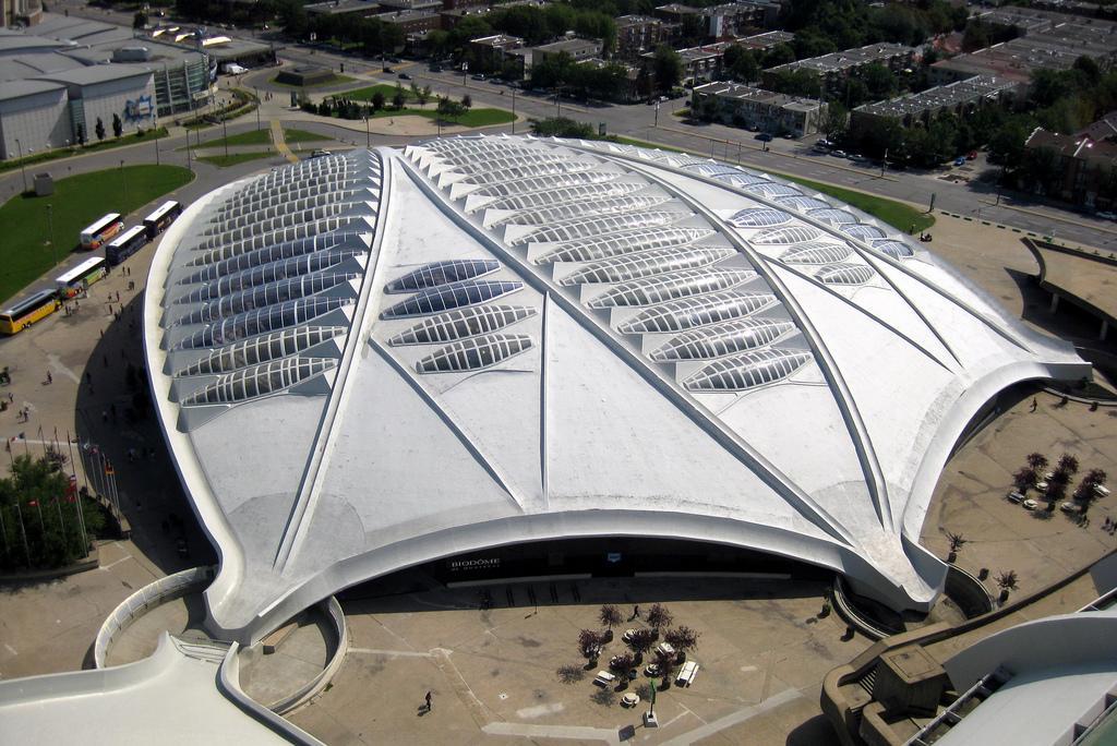 Олимпийский стадион (Biodome)