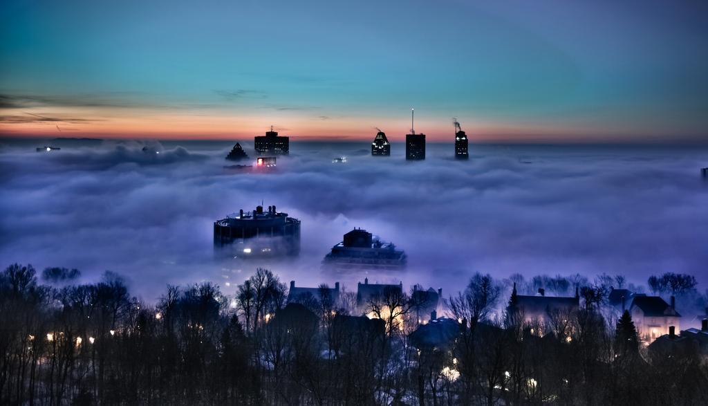 Туман над Монреалем