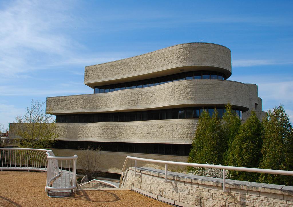 Музей цивилизации – крупнейший исторический музей Канады