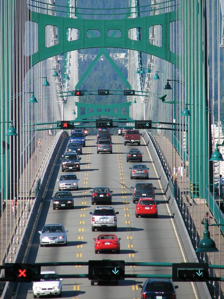 Мост Lions Gate