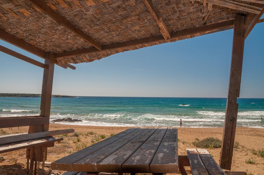 Пляж Лара в Пафосе