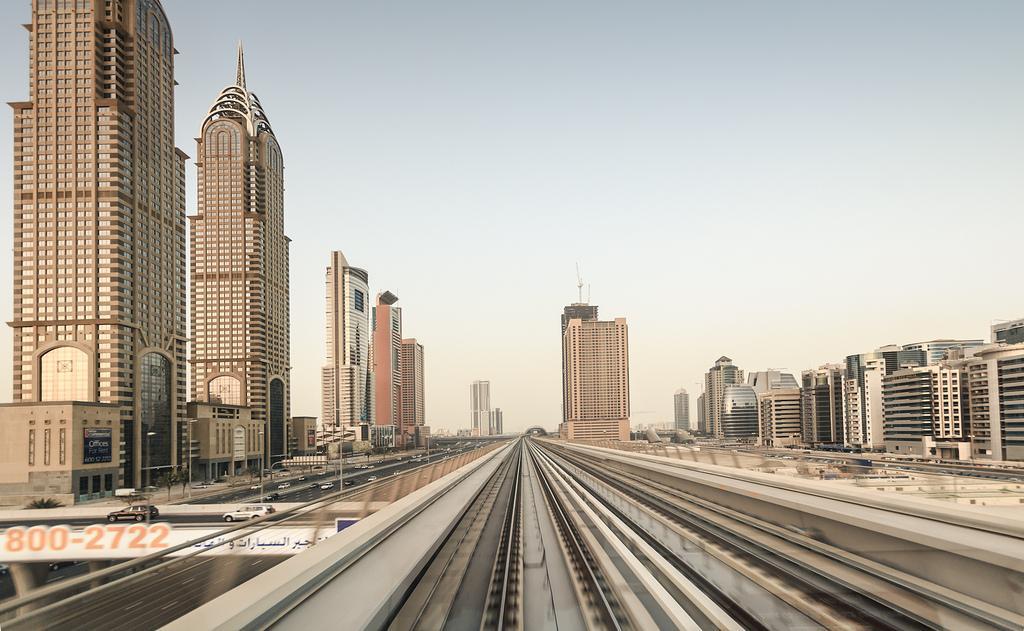 Метро в Дубае