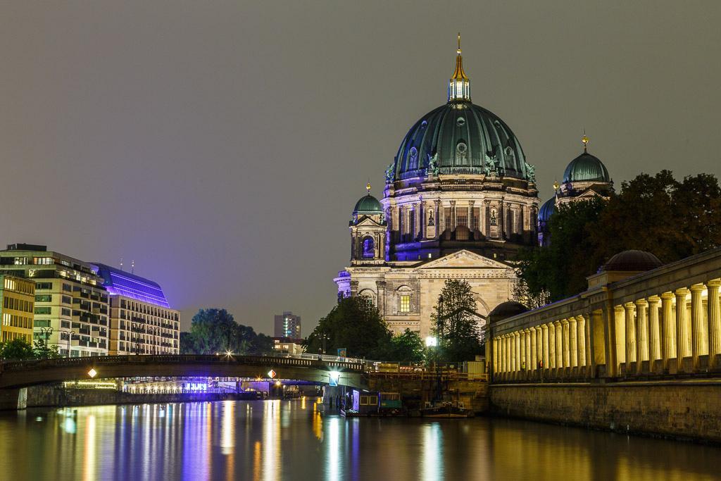 Берлинский собор ночью