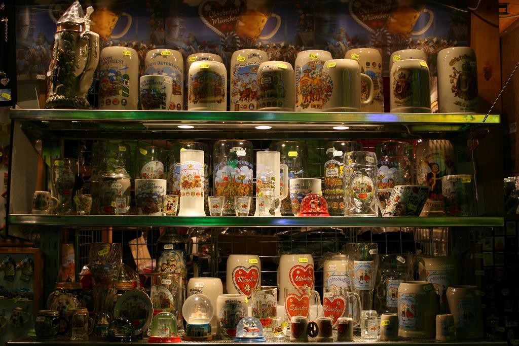Подарки и сувениры из германии 8