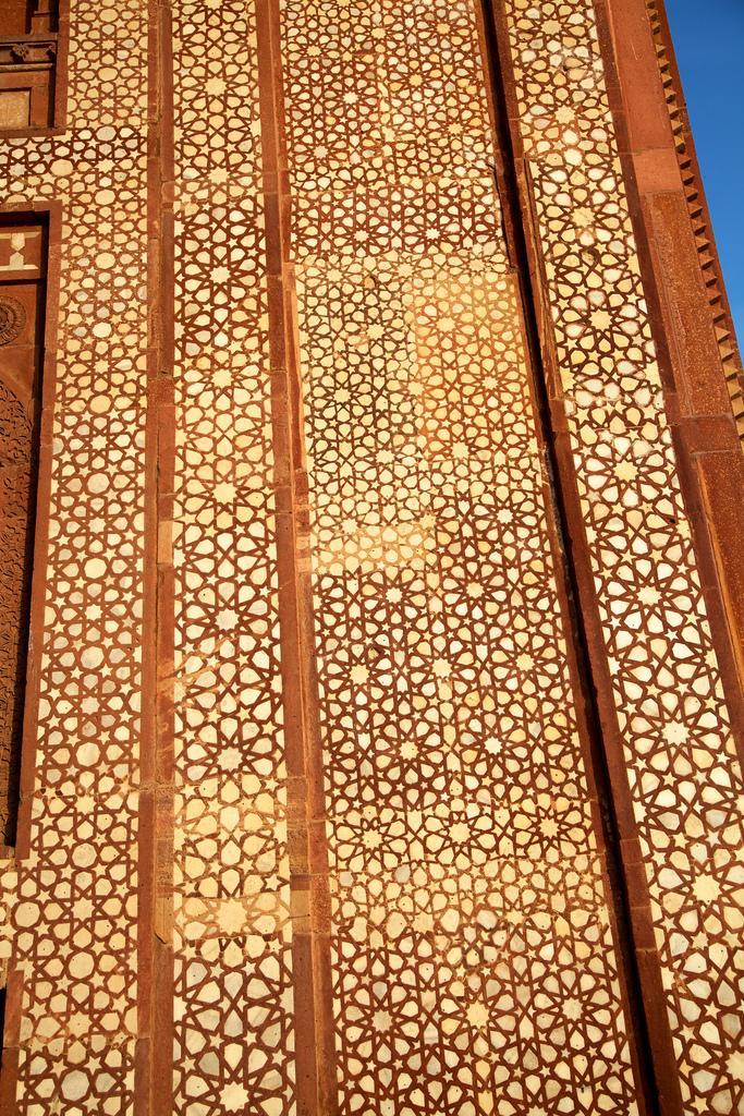 Стены храма Джама Масджид