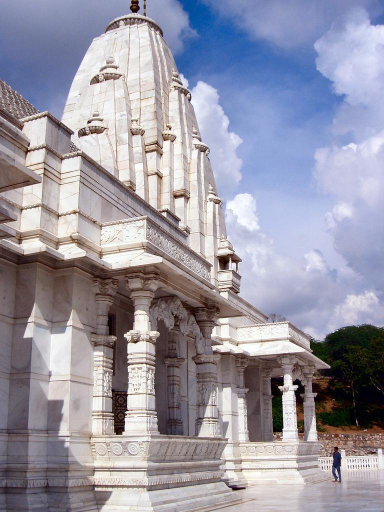 Храм Birla Mandir