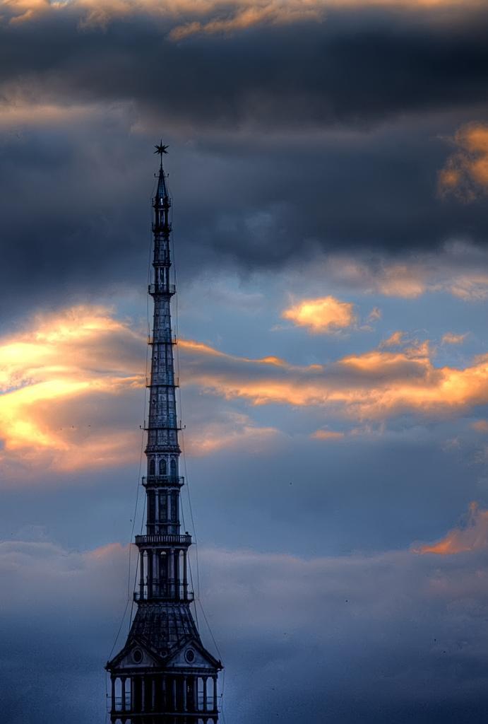 Шпиль башни