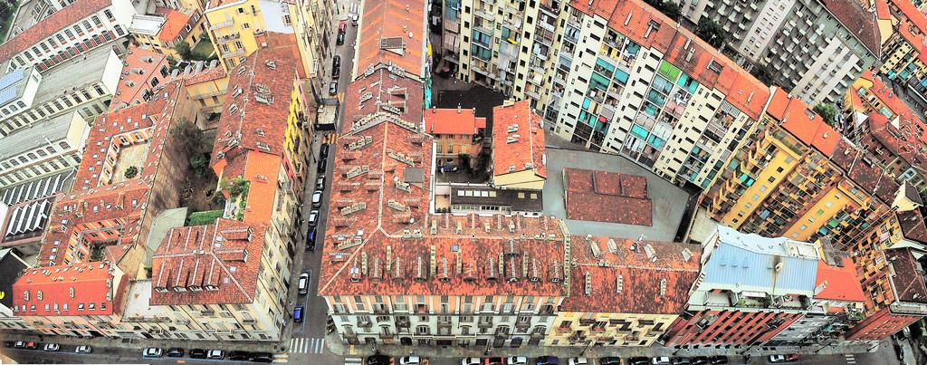 Вид с башни Моле-Антонеллиана