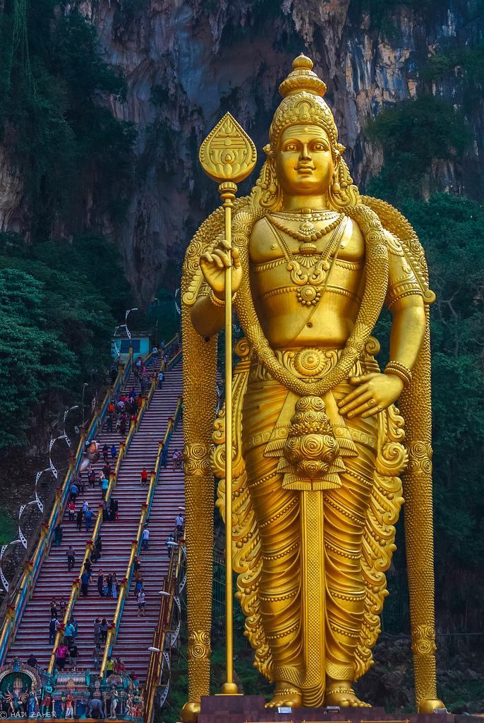 Статуя Муругана