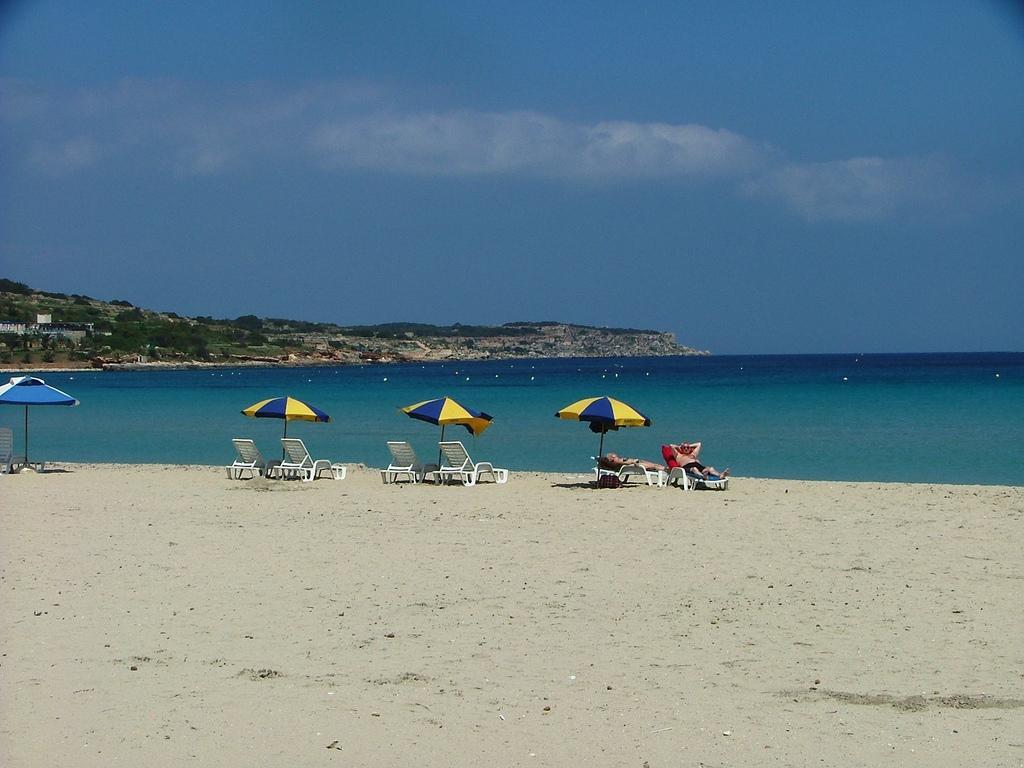 Пляжи Меллиехи