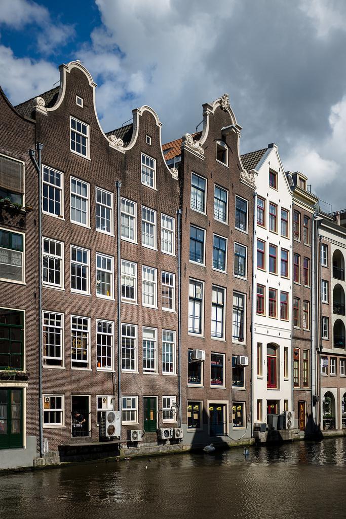 Амстердам - Венеция Севера