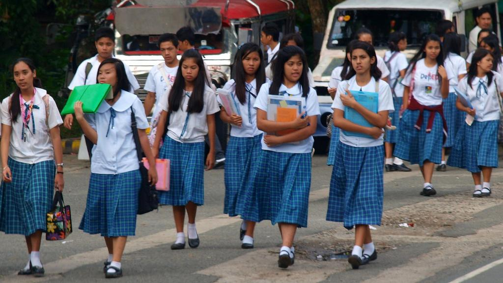 sex education in the philippines Disgruntled parents file class suit against philippine education officials for including sex education in primary and secondary schools.