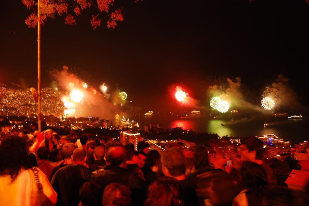 Новогоднее огненное шоу, лучшее в Европе