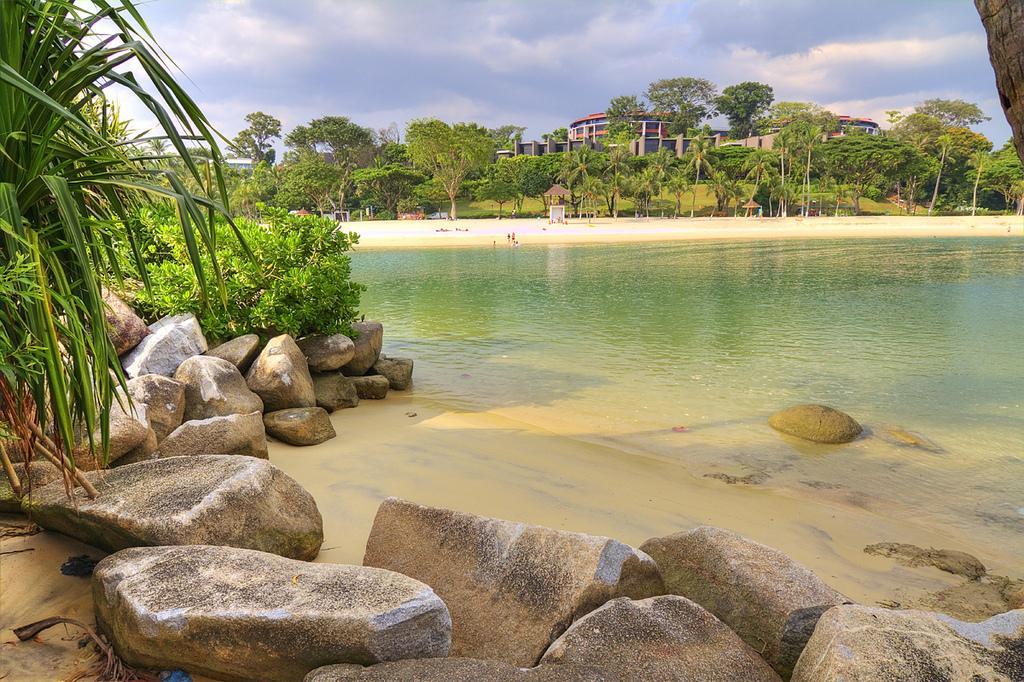 Пляж на острове Снтоза
