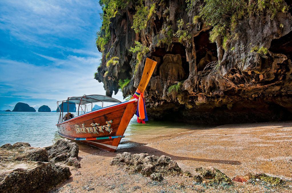 Традиционная тайская лодка