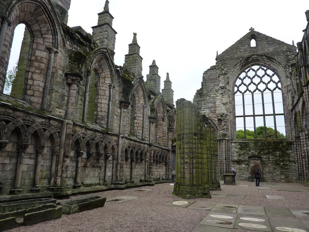 Руины аббатства