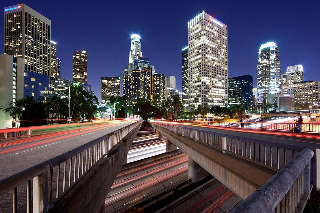 Ночной Лос-Анжелес